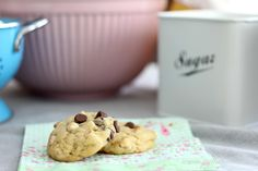 Pullahiiren leivontanurkka: Kahden suklaan keksit / Double chocolate chip cookies