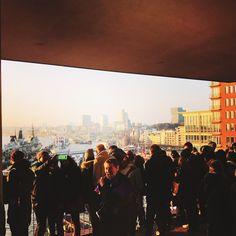 Blick von der Plaza Elbphilharmonie