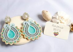 Aqua Soutache Earrings by the lovely Pichus Design #artesanauk #handmadewithlove #latinamericancrafts #soutache #hechoconamor #earrings #arts #crafts