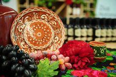Moldova's Wine Feast National Holidays, Moldova, Wine Festival, Caramel Apples, Romania, Table Decorations, Tax Day Deals, Dinner Table Decorations