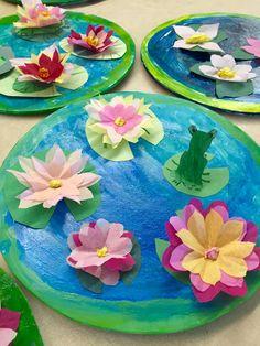 Nymphéas de Monet- 1re année Monet, Classroom Projects, Art Base, Art Club, Art School, Art Lessons, Art For Kids, Crafts For Kids, Creations
