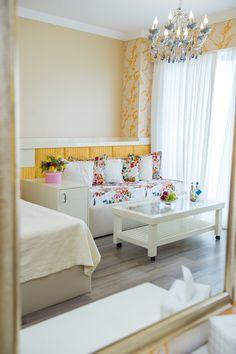 Details. Luxury accommodation. www.phoeniciahotels.ro