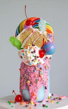 Freakshakes are a bigger, better creative version of the ordinary milkshake - Princess Pinky Girl