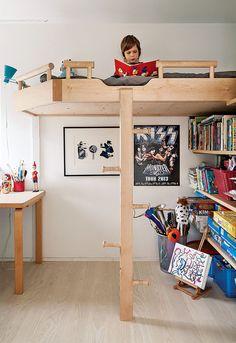 Salminen built the bunk bedsout of birch, Finland's most plentiful tree species, for the couple's children.