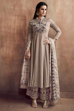 Shop for exceptional Indian Ethnic Wear Palazzo Suit Salwar Kameez from Cbazaar at best price. Purchase your favorite Indian Ethnic Wear Palazzo Suit through online from US, IND, AUS. Buy Now! Indian Attire, Indian Ethnic Wear, Palazzo Dress, Palazzo Suit, Flared Palazzo, Indian Dresses, Indian Outfits, Fashion Wear, Fashion Dresses