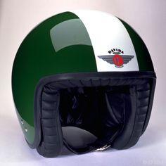 http://media.bikestop.co.uk/media/catalog/product/cache/1/image/800x/7ff4eaca9656a622a70ba85f75a37110/d/a/davida-jet-two-tone-helmet-british-racing-green-front.jpg