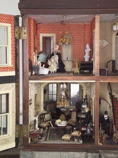 Amityville horror house model kit