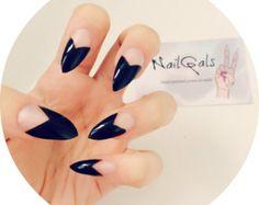 Monochrome ruffian style stiletto nails set of 20 by NailGals