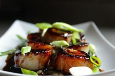 Soy and Sesame Glazed Scallops I love recipes that take minutes to prepare and look so impressive; this is one of those! Serves 4 1 tbsp brown sugar 1 tsp cornstarch 2 tsbp sodium reduced soy sauce 10 dashes sesame oil ½ Cup cold water ½ tbsp butter 20 medium sized scallops 1 scallion/green onion,...Read More