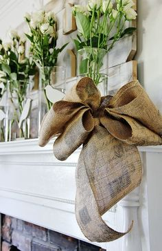 How to tie a Burlap Bow...would certainly work with ribbon...