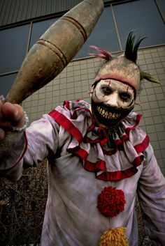 Twisty the clown by Rusty Sinner FX Ahs, Horror Stories, Halloween Face Makeup, Pictures, Fictional Characters, Photos, Fantasy Characters, Grimm