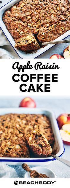 This healthy apple raisin coffee cake will make all your fall dreams come true. healthy fall recipes // best recipes for fall // 21 day fix recipes // 21 21 Day Fix, Healthy Dessert Recipes, Just Desserts, Healthy Breakfasts, Yummy Snacks, Breakfast Recipes, Raisin Cake, Recipe 21, Beachbody Blog