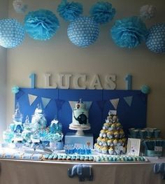 I'm not the only one doing first birthdays in a blue elephant theme...