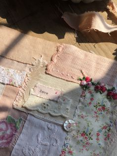 A Slow Stitching Panel - taking your time with a pretty fabric craft Fabric Art, Fabric Crafts, Fabric Embellishment, Fabric Journals, Stitch Book, Blanket Stitch, Running Stitch, Vintage Crafts, Applique Designs