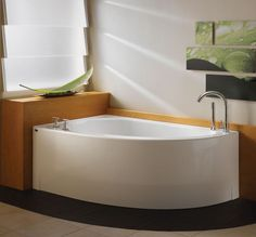 Corner bath tub from Neptune - the new Wind bath | Bathtubs On the trendir site Corner Bathtub Shower, Corner Soaking Tub, Shower Tub, Soaking Tubs, Corner Tub Shower Combo, Bathtubs For Small Bathrooms, Best Bathtubs, Small Bathtub, Freestanding Bathtub