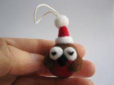 Needlefelted robin Christmas tree decoration stupidcats. 2010-2012