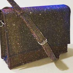 Girl Power, Bags, Fashion, Gold Sparkle, Silver Color, Blue Roses, Handbags, Moda, Dime Bags