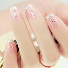 Trendy manicure for summer sequins on bare nails – Today Pin - Nailart Acrylic Nail Designs, Nail Art Designs, Acrylic Nails, Nails Design, Clear Nail Designs, Design Design, Design Ideas, Cute Nails, Pretty Nails