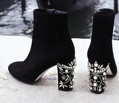 Immagine di shoes, boots, and fashion