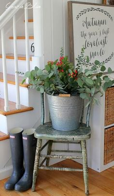 Gracie Blue : Farmhouse Fall Home Tour {Gracie Blue} love the galvanized bucket of fresh cuttings from the backyard look. So pretty and natural!