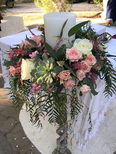 Floral Wreath, Wreaths, Table Decorations, Furniture, Home Decor, Decoration Home, Room Decor, Home Furnishings, Bouquet