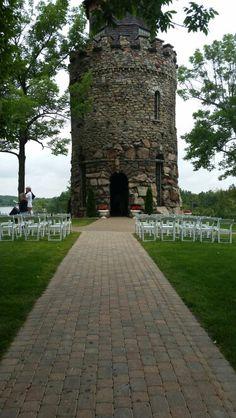 beautiful wedding venue at boldt castle in 1000 islands