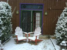 Guest picture posted on TripAdvisor of Chickadee Room seating area with snow. Cedar House Inn and Yurts, Dahlonega, GA
