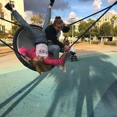 playground dates in the summer Foto Best Friend, Best Friend Photos, Best Friend Goals, Friend Pics, Cute Friend Pictures, Cute Pictures, Photo Adolescent, Photo Trop Belle, Shooting Photo Amis
