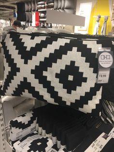 Sierkussen zwart-wit Ikea