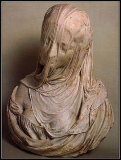 تمثال للنحات الإيطالى Giovanni Strazza .. (