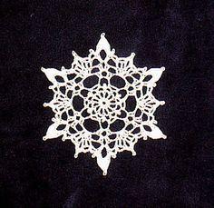 Crochet Motif Ravelry: Crocheted Snowflake pattern by Poodie - Crochet Snowflake Pattern, Crochet Stars, Crochet Motifs, Crochet Snowflakes, Thread Crochet, Crochet Crafts, Crochet Doilies, Crochet Flowers, Crochet Projects