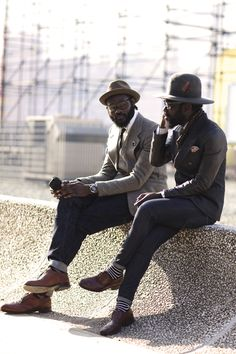 Saw these guys on the Sartorialist and loved their style. The Sartorialist, Gentleman Mode, Gentleman Style, Mode Masculine, Masculine Style, Sharp Dressed Man, Well Dressed Men, Socks Outfit, Nick Wooster