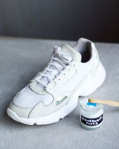 Ekotipset House Cleaning Tips, Cleaning Hacks, Air Max Sneakers, Adidas Sneakers, Bra Hacks, Clean Shoes, Ikea Hack, Adidas Stan Smith, Nike Air Max