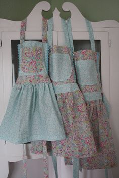 Sweet Little Girls Aprons Small Medium by FlutterBerryStudio, $22.00
