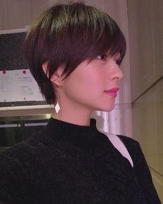 Pin on ヘアアレンジ Pin on ヘアアレンジ Girl Short Hair, Short Hair Cuts, Short Hair Styles, Short Hairstyles For Women, Cool Hairstyles, Hair Inspo, Hair Inspiration, Androgynous Haircut, Korean Short Hair