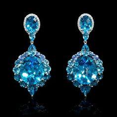 Diamond Blue Topaz and Blue Sapphire White Gold Dangle Earrings Book Jewelry, Ear Jewelry, Jewlery, Topaz Earrings, Women's Earrings, Crystal Fashion, Blue Topaz Stone, Beaded Jewelry Patterns, Glamour