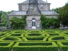 Pollok House Maze