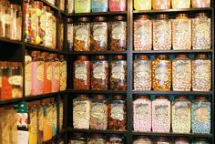 Old Fashioned Sweet Shops Old Fashioned Sweet Shop, Old Fashioned Sweets, Jars Of Sweets, Old Sweets, Food Storage Inspiration, British Sweets, Pink Animals, Pick And Mix, Colorful Candy