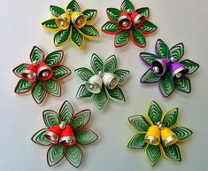 Quilling Paper Christmas Decorations (Set of - Quilled Paper Art Neli Quilling, Paper Quilling Flowers, Quilling Comb, Paper Quilling Patterns, Paper Quilling Jewelry, Quilled Paper Art, Quilling Paper Craft, Paper Crafts, Paper Quilling For Beginners