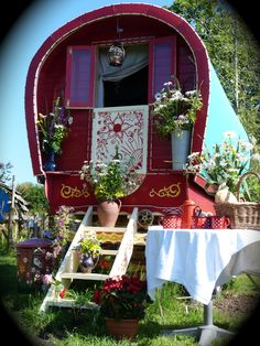Romantic Break Gypsy Wagon, Holiday Cottage, Self Catering, Cornwall B&B Romantic Breaks, Gypsy Wagon, Happy Heart, B & B, Cornwall, Catering, Gazebo, Cottage, Outdoor Structures