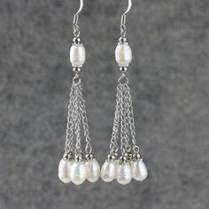 Linear long dangling pearl earrings handmade on Etsy Pearl Jewelry, Wire Jewelry, Beaded Jewelry, Jewelery, Jewelry Crafts, Jewellery Box, Gold Jewelry, Jewellery Shops, Ceramic Jewelry