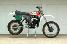 vintageDirtBikeParts.Net - Vintage Husqvarna Photos/Specs/Parts