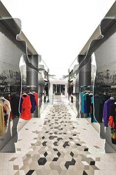 ... Visual Merchandising, Floor Design, Retail Design, Shop Interior Design, Interior Design Inspiration, Retail Displays, Retail Shop, Boutique Design, Boutique Interior