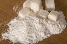 小澤博樹 連載コラム 砂糖の毒性についても多くの研究者や食養家が警告を発している。 しかし現代栄養学は砂糖を単なる炭水化物としてしかみておらず、その固有の毒性についてはほとんど問題にはしていない。 糖類を分類すると、果物や蜂蜜に含まれるブドウ糖や果糖、これらは単糖類である。