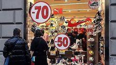 Offerte di lavoro Palermo  Sondaggio di Confesercenti Sicilia duecento le aziende intervistate in tutte le province dell'Isola  #annuncio #pagato #jobs #Italia #Sicilia Saldi tra luci e ombre: un flop a Palermo bene a Ragusa