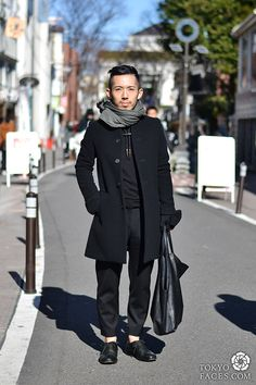 tokyo street style black is always stylish and never go wrong... well, most of the time for most