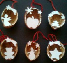 Christmas Crafts Sewing, Clay Christmas Decorations, Diy Christmas Ornaments, Christmas Projects, Handmade Christmas, Christmas Tale, Christmas Scenes, Kids Christmas, Walnut Shell Crafts