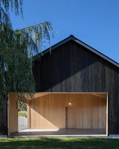 Gallery of Ancram Barn by Worrell Yeung Architects. Located in New York, America. Photographed by @magdabiernat.