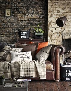 """the ultimate bachelor pad"" - chesterfield living meets industrial style loft Living Room Designs, Living Spaces, Living Rooms, Living Area, Design Apartment, Clean Apartment, Apartment Interior, Exposed Brick Walls, Stone Walls"