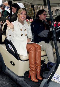 Jane Krakowski 4 | Celebrities in High Boots | Flickr brown thigh boots
